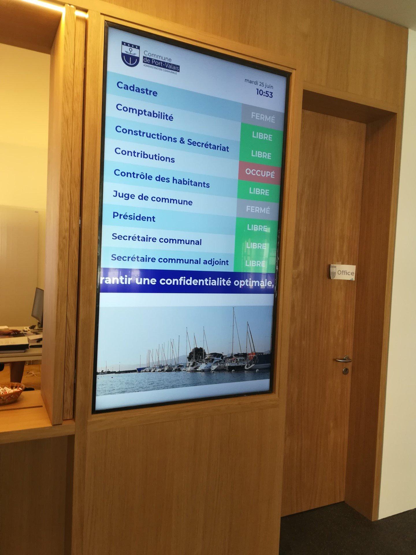 écran d'affichage dynamique pour une mairie, commune en suisse